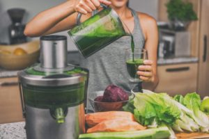 Detoxifying using smoothie