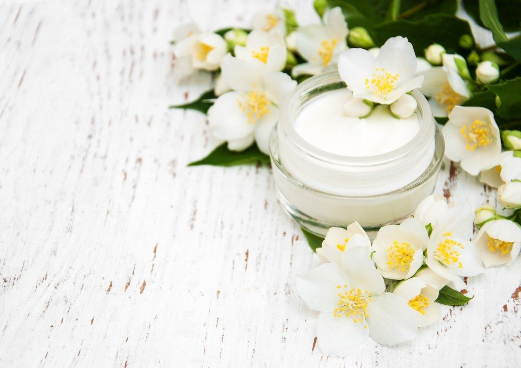 moisturizer in a glass container