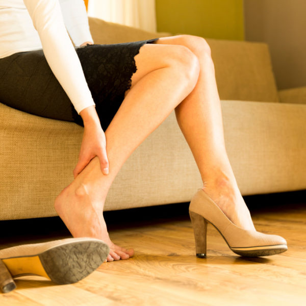 Addressing Cracked Heels: Solutions to Dry Skin on Your Feet